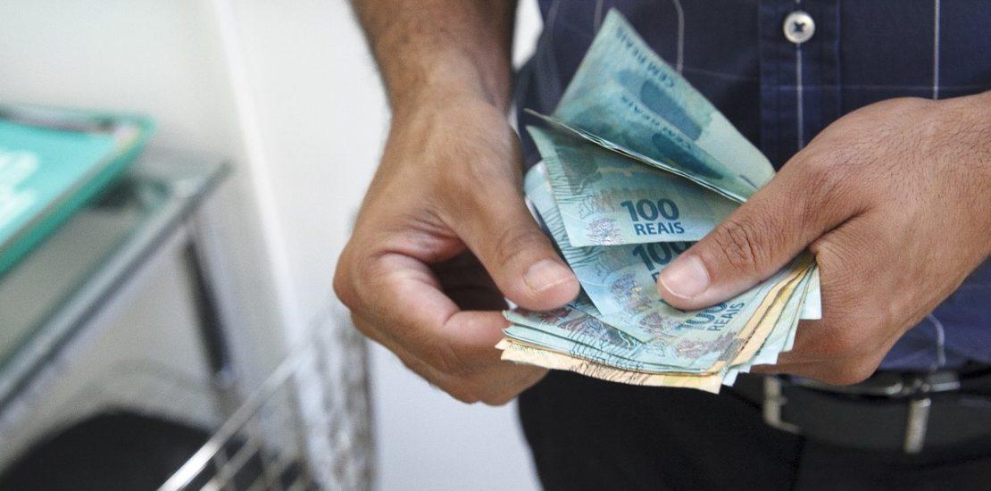 ganhar dinheiro com licitações